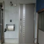 2階貸家入口